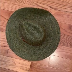 Wicker hat with brown belt